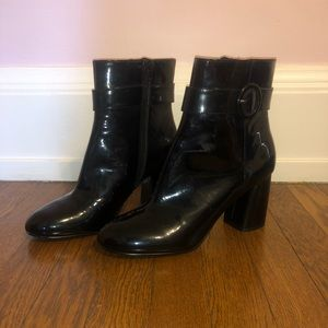 Shoes - BRAND NEW black chunk heel boots